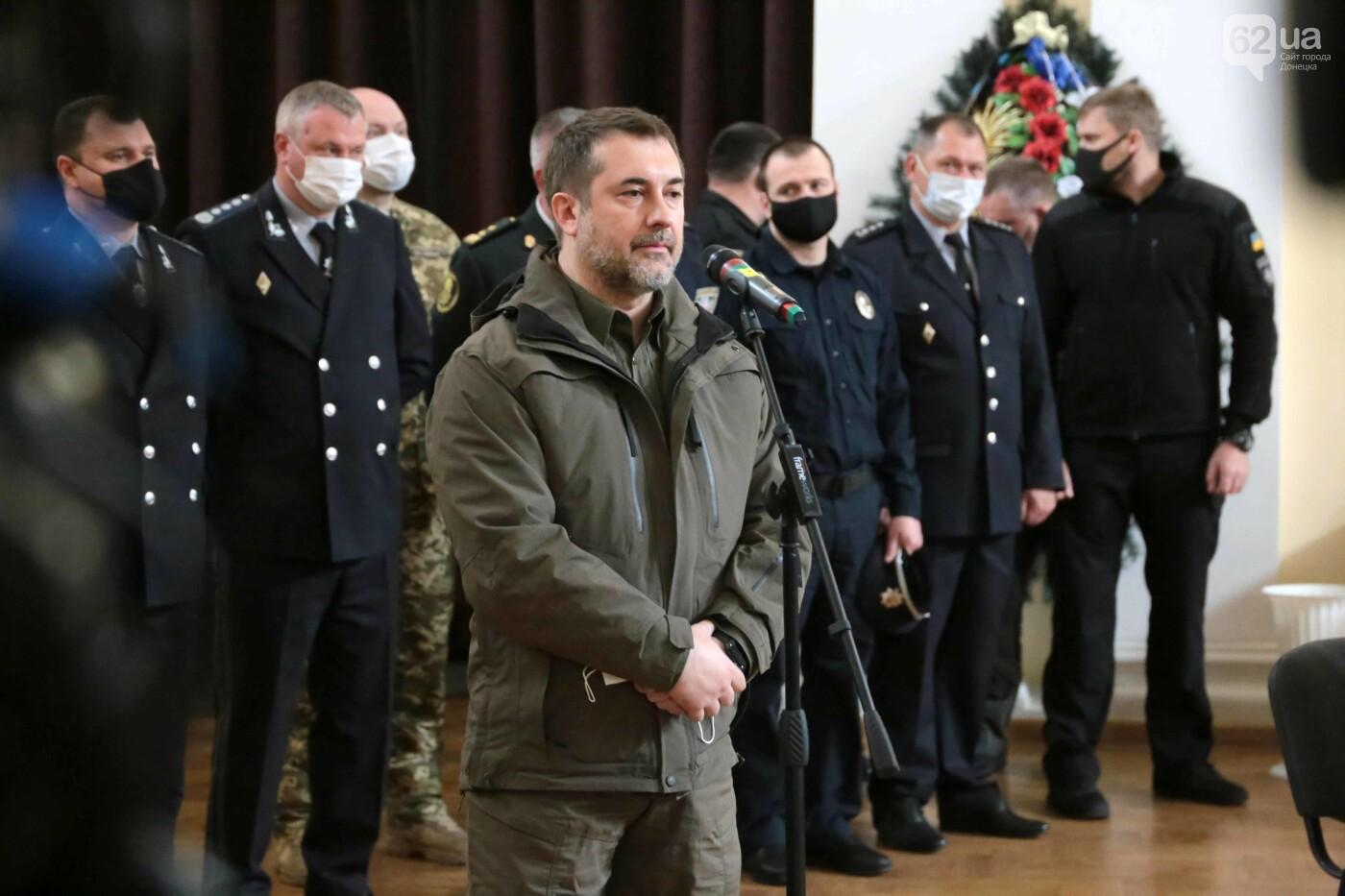 На Донбассе попрощались с героическим комбатом «Луганска - 1», - ФОТО, фото-6
