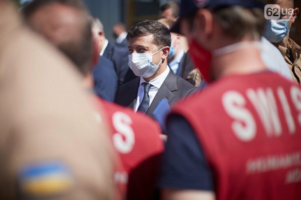 Как проходит визит президентов Украины и Швейцарии в Донецкую и Луганскую области, - ФОТО, фото-7