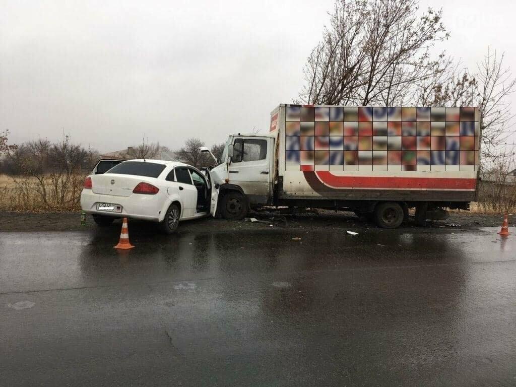 В Макеевке «Фиат» врезался в грузовик: погиб человек, - ФОТО, фото-1