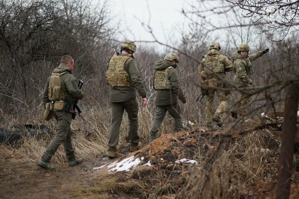 Зеленский посетил передовую ВСУ на Донбассе, - ФОТО, фото-2