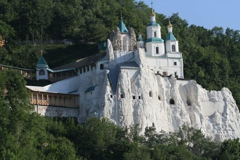 Волонтер: Россия может устроить кровавую провокацию в Святогорской лав