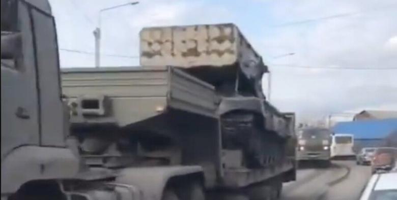 """Россия перегоняет огнеметную установку """"Буратино"""" к границе с Украиной, - ФОТО"""