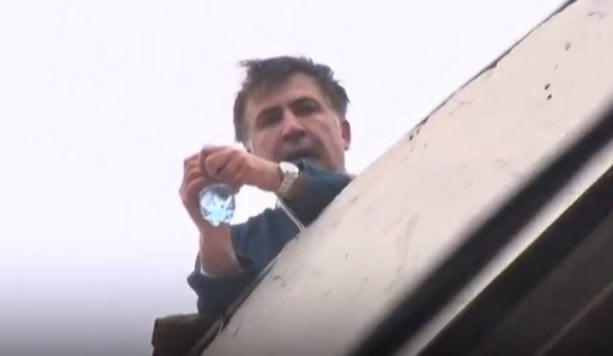Бунтующий Саакашвили, цугцванговый Порошенко и Украина, фото-1
