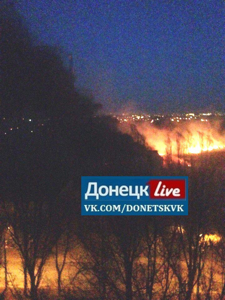 В Донецке ночью сгорели несколько автомобилей (ФОТО, ВИДЕО), фото-2