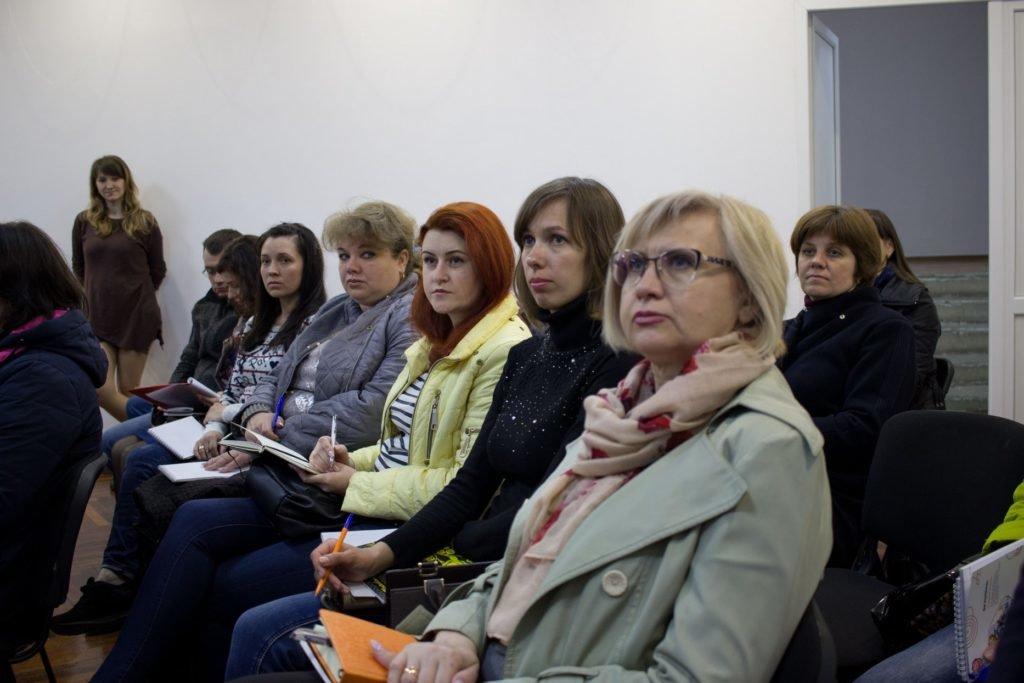 Как решить проблему школьных поборов: в Донецкой области прошли треннинги для «ответственных родителей», фото-3