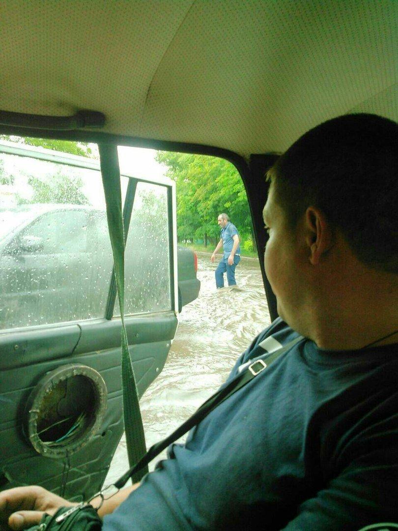 В оккупированной Горловке разбушевалась стихия: повалены деревья, снесены крыши (ФОТО), фото-7
