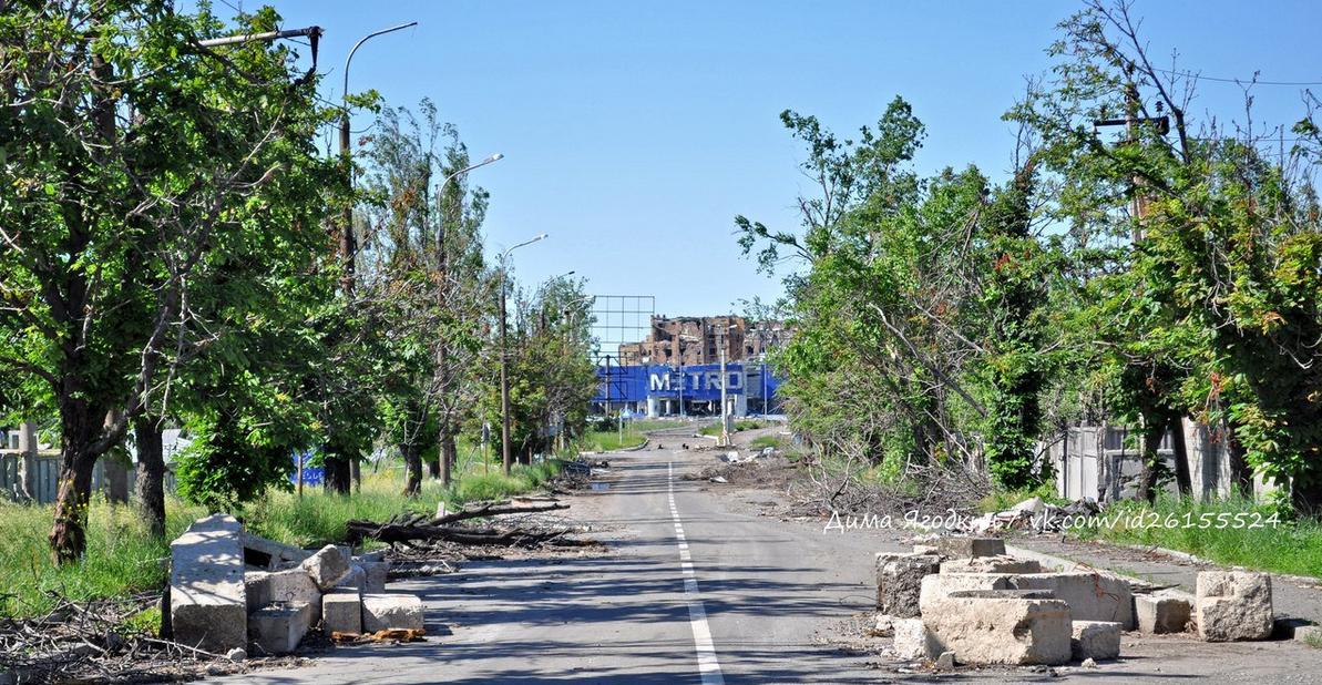 Запустение: Как сегодня выглядит район возле разрушенного аэропорта в Донецке (ФОТО), фото-1