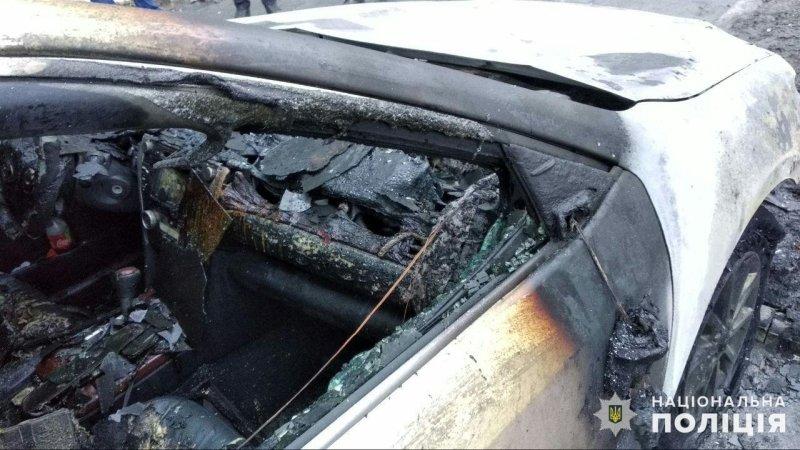 В Донецкой области сожгли автомобиль секретаря горсовета, - ФОТО, фото-1