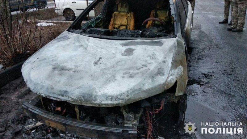 В Донецкой области сожгли автомобиль секретаря горсовета, - ФОТО, фото-3