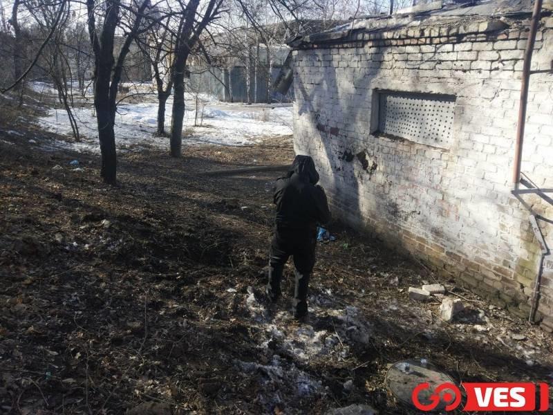 Появились фото с места взрыва в центре Донецка , фото-4