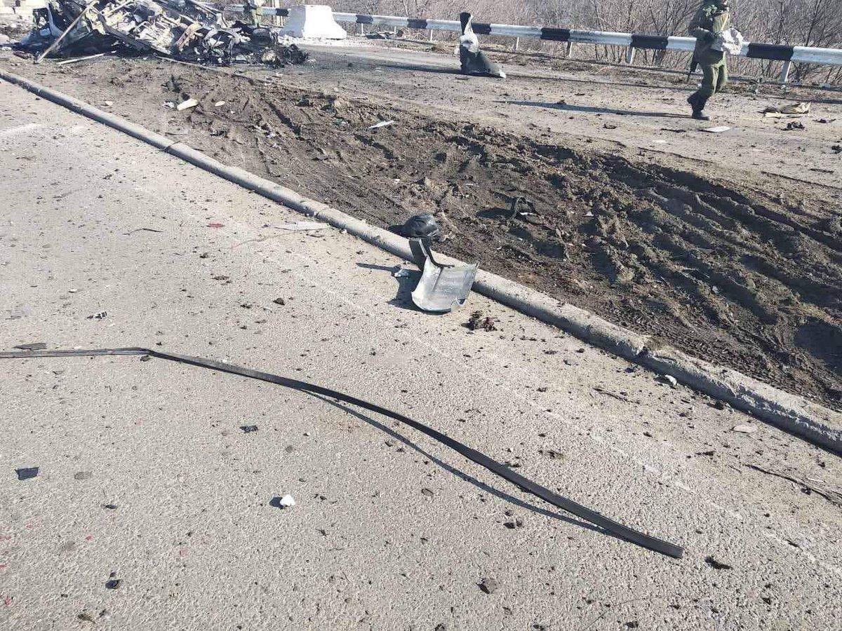 На КПВВ «ДНР» подорвался автомобиль: погибли два человека, - ФОТО, ВИДЕО, фото-3
