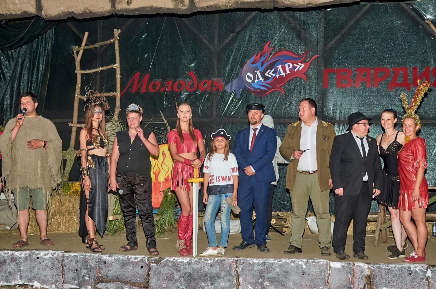 В ОРДЛО устроили молодежный фестиваль с амазонками, рабами, Берией и Сталиным, - ФОТО, фото-2