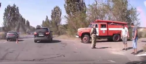 Смертельное ДТП в Донецке: От удара авто опрокинулось на крышу, - ФОТО, фото-1