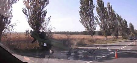 Смертельное ДТП в Донецке: От удара авто опрокинулось на крышу, - ФОТО, фото-3