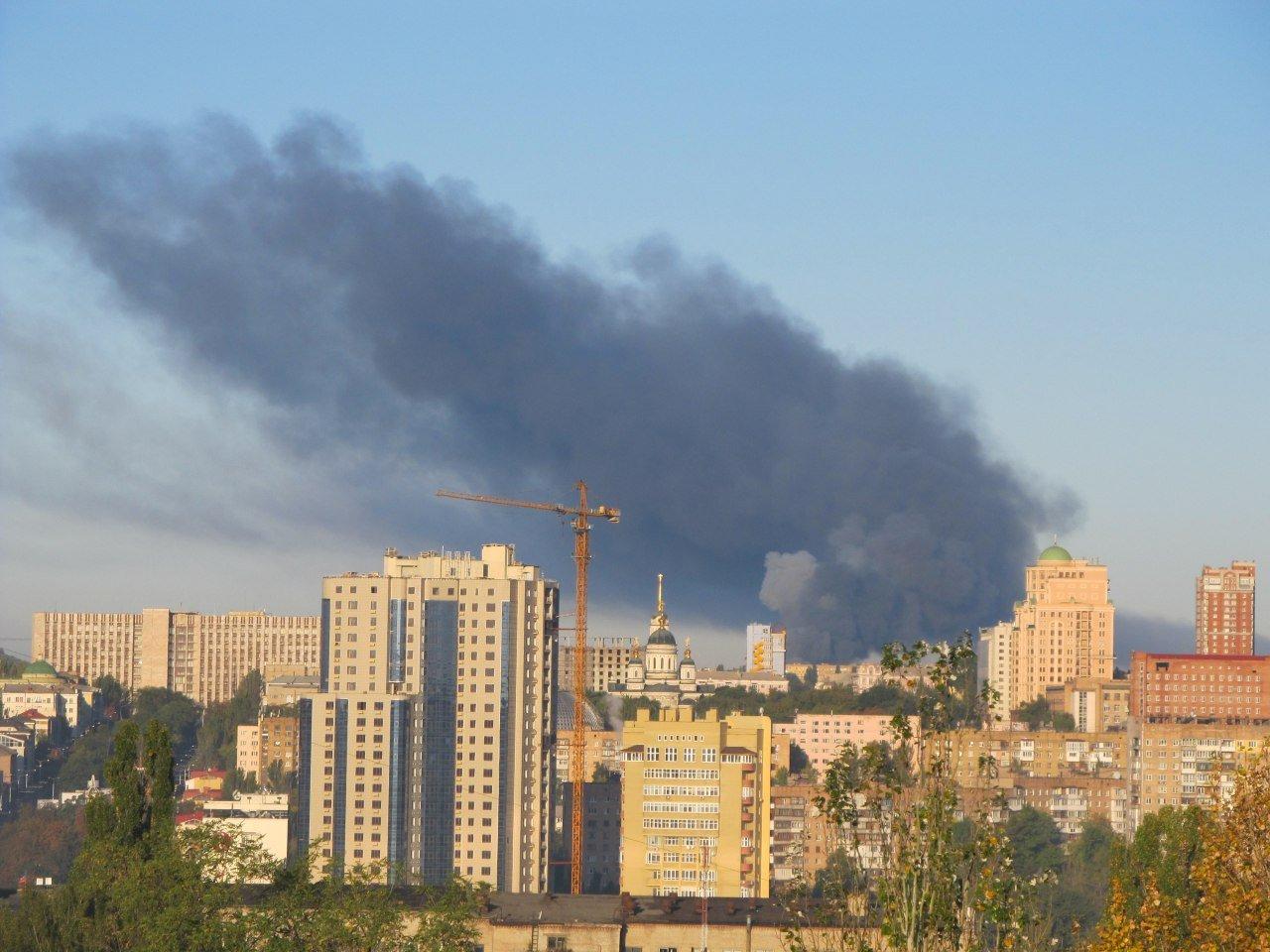В Донецке горит склад боеприпасов: город сотрясают мощные взрывы, - ФОТО, ВИДЕО, фото-4