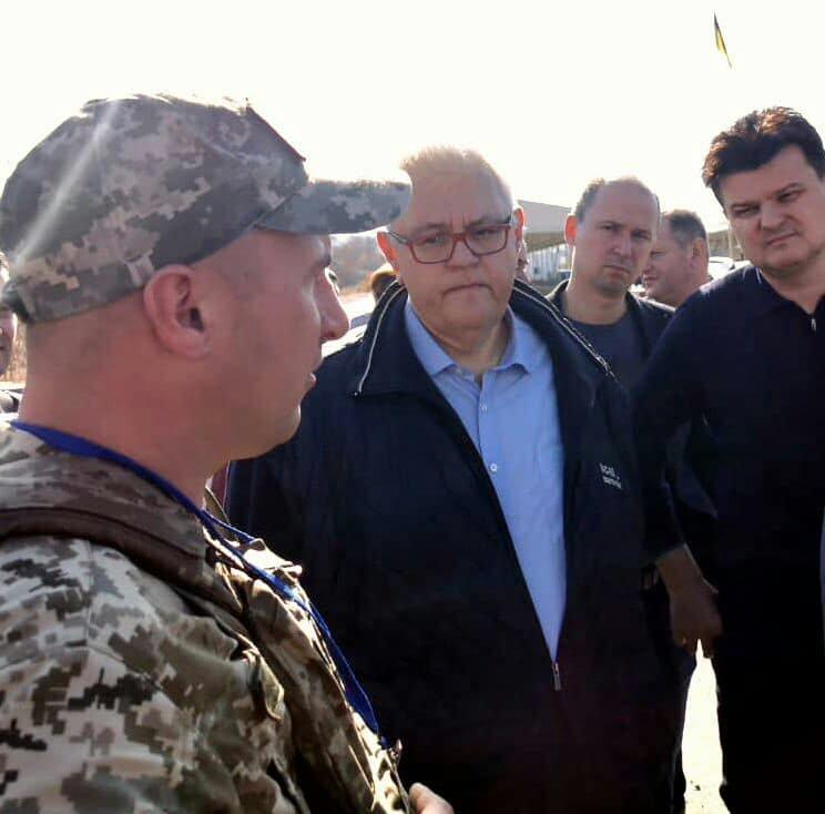 В Новотроицком проходит выездное заседание Верховной Рады по вопросам восстановления Донбасса, - ФОТО, фото-1