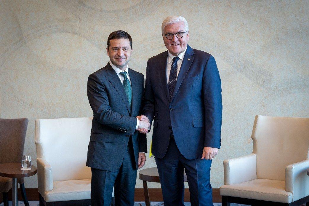 Зеленский обсудил со Штайнмайером ситуацию на Донбассе, фото-1