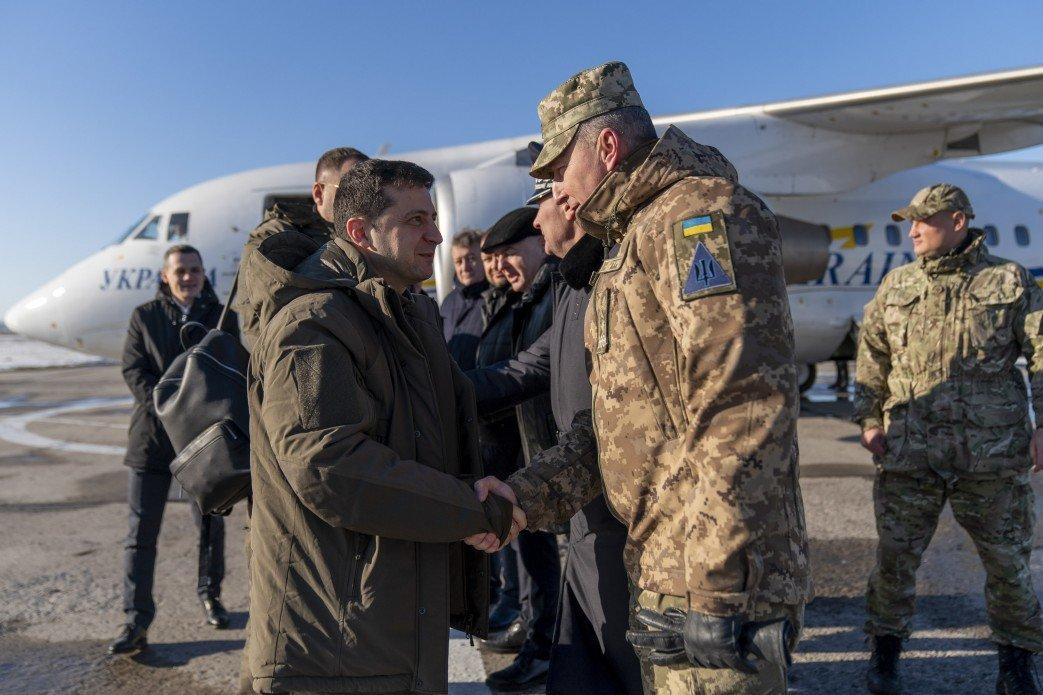 Зеленский в Донецкой области посетил силы ООС и поздравил военных с Днем ВСУ, - ФОТО, фото-5