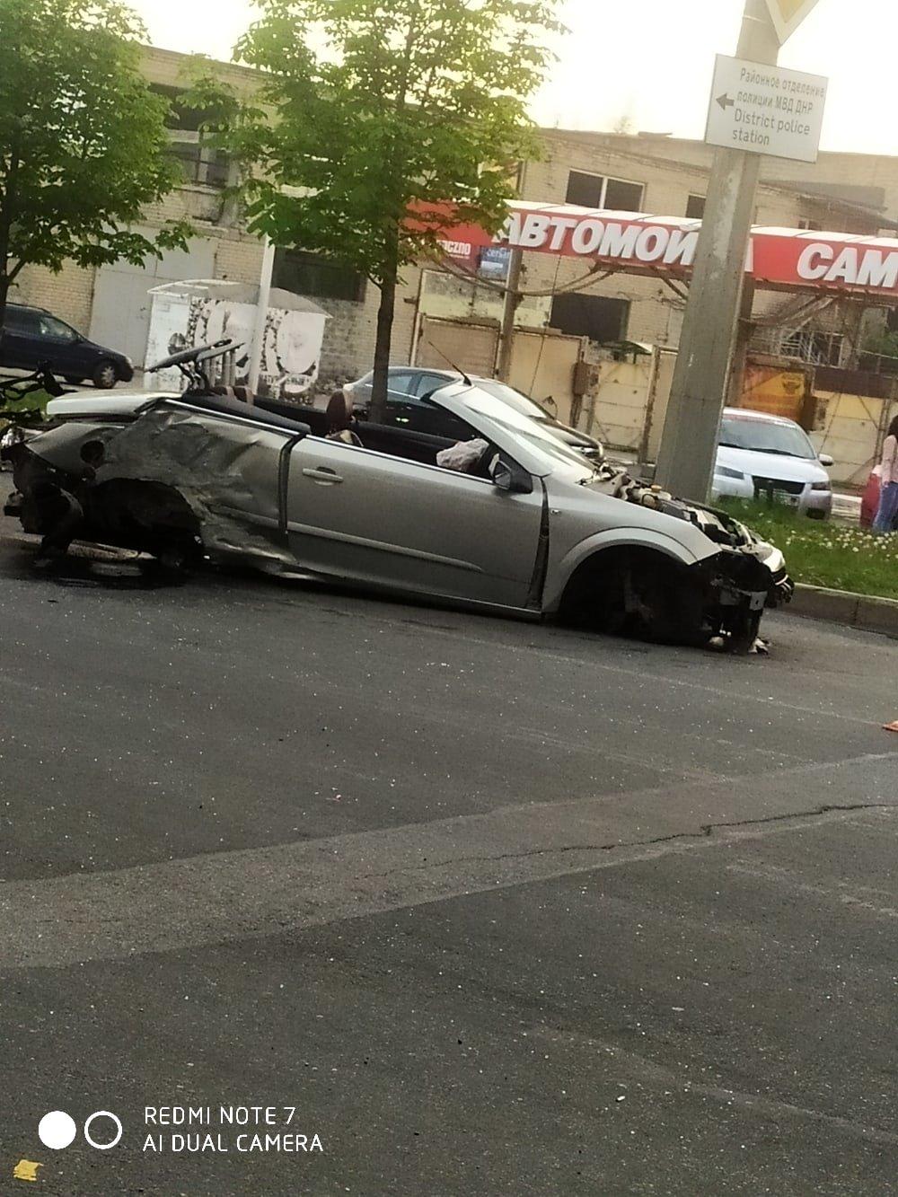 В Донецке в результате ДТП кабриолет остался без колес, - ФОТО, фото-3