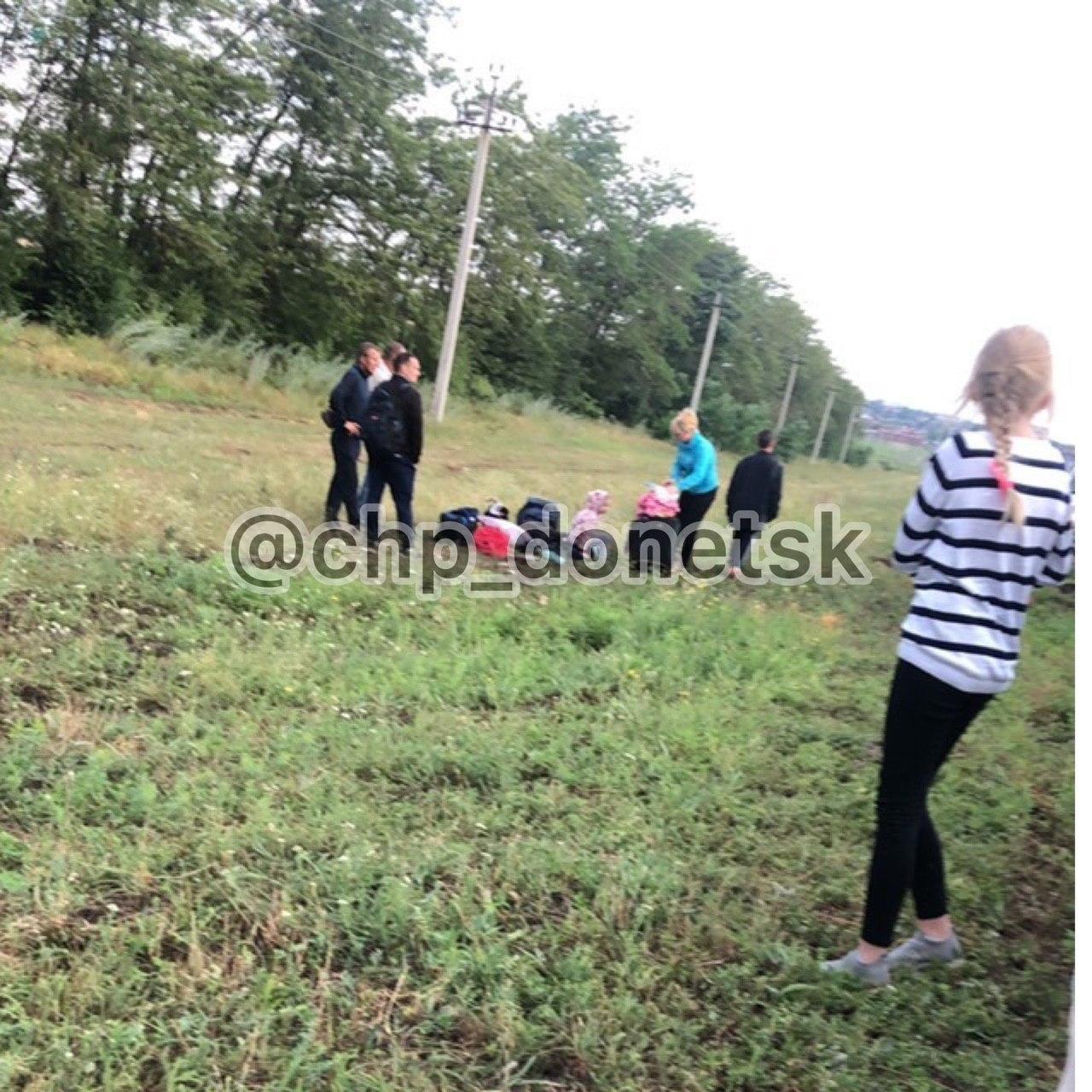 В «ДНР» столкнулся с зерновозом микроавтобус «Донецк- Москва», - ФОТО, фото-2