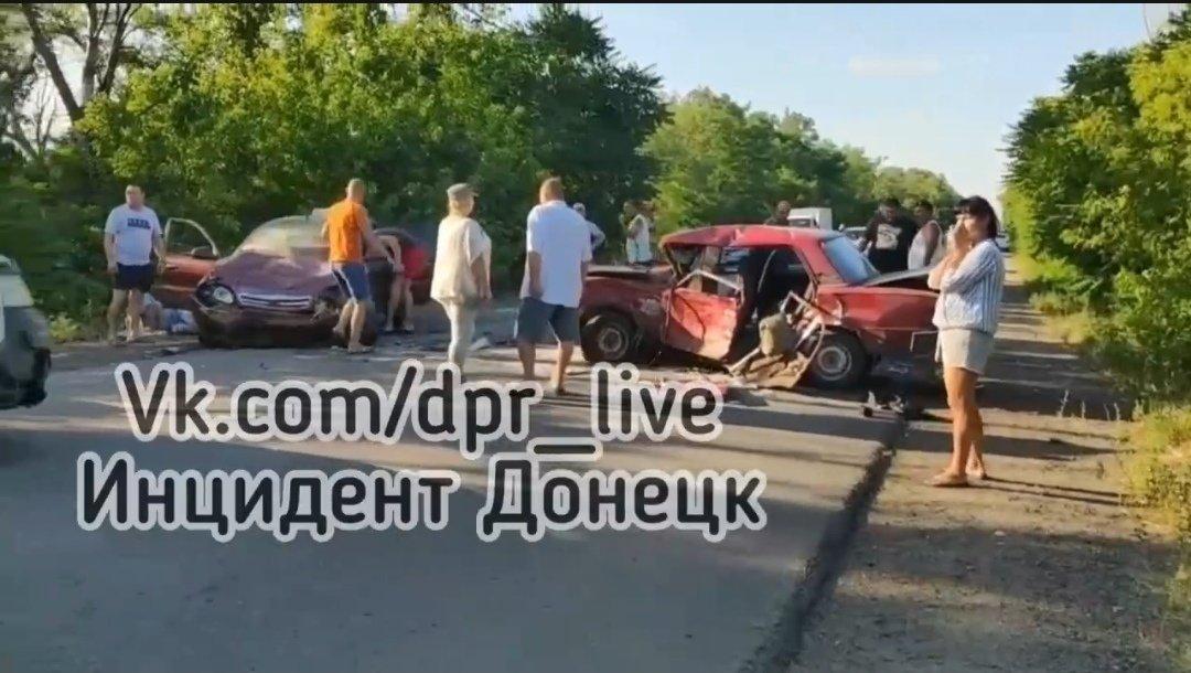 На трассе Донецк-Новоазовск пьяные оккупанты устроили серьезное ДТП, - ФОТО, фото-1