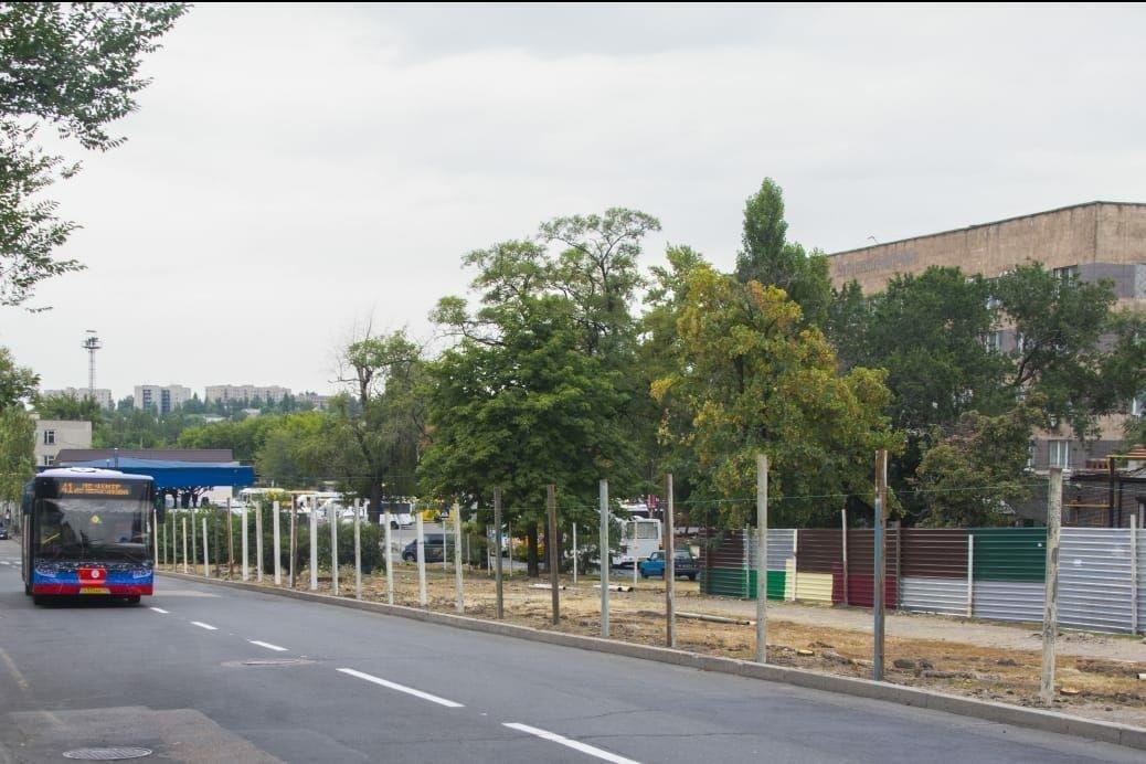 В центре Донецка на территории сквера подельник Пушилина строит рынок, - ФОТО, фото-2