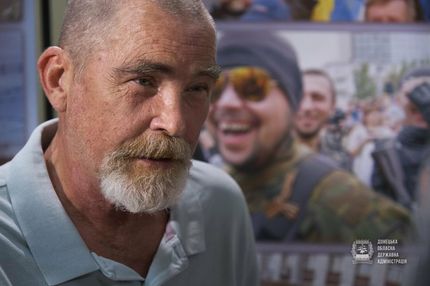 Известный донецкий фоторепортер издал книгу «Летопись российско-украинской войны», - ФОТО, фото-5
