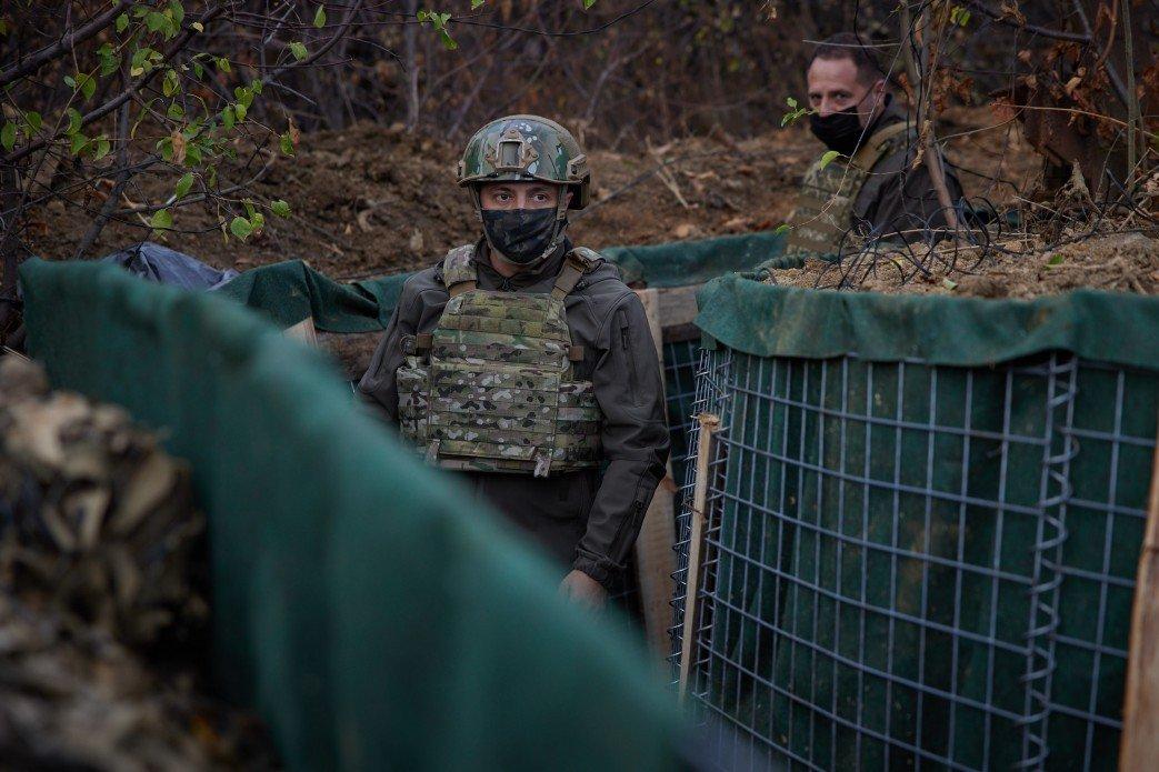 Зеленский посетил передовую ВСУ на Донбассе, - ФОТО, фото-1
