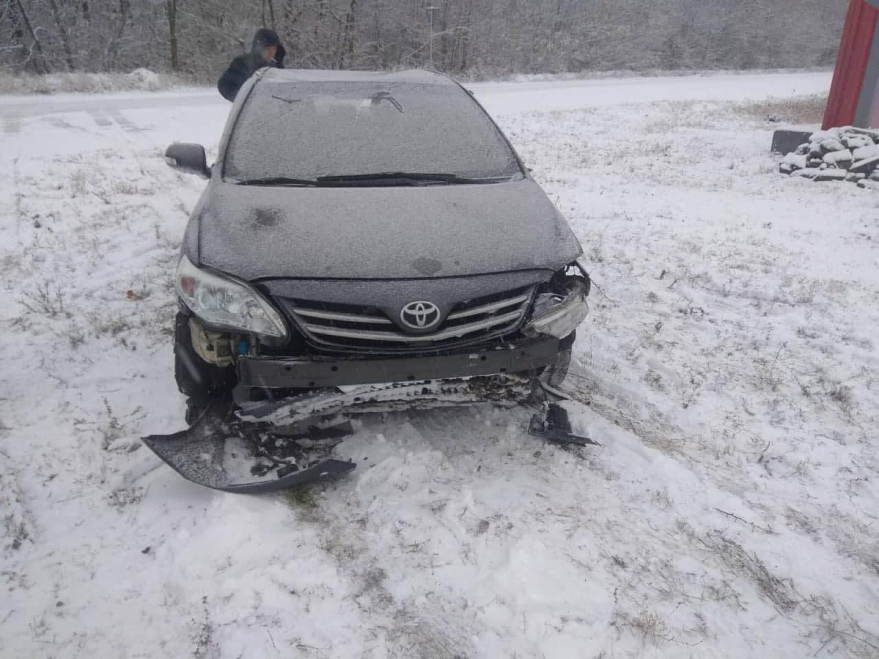 В «ДНР» в районе КПП «Успенка» перевернулась «Тойота», - ФОТО, фото-2