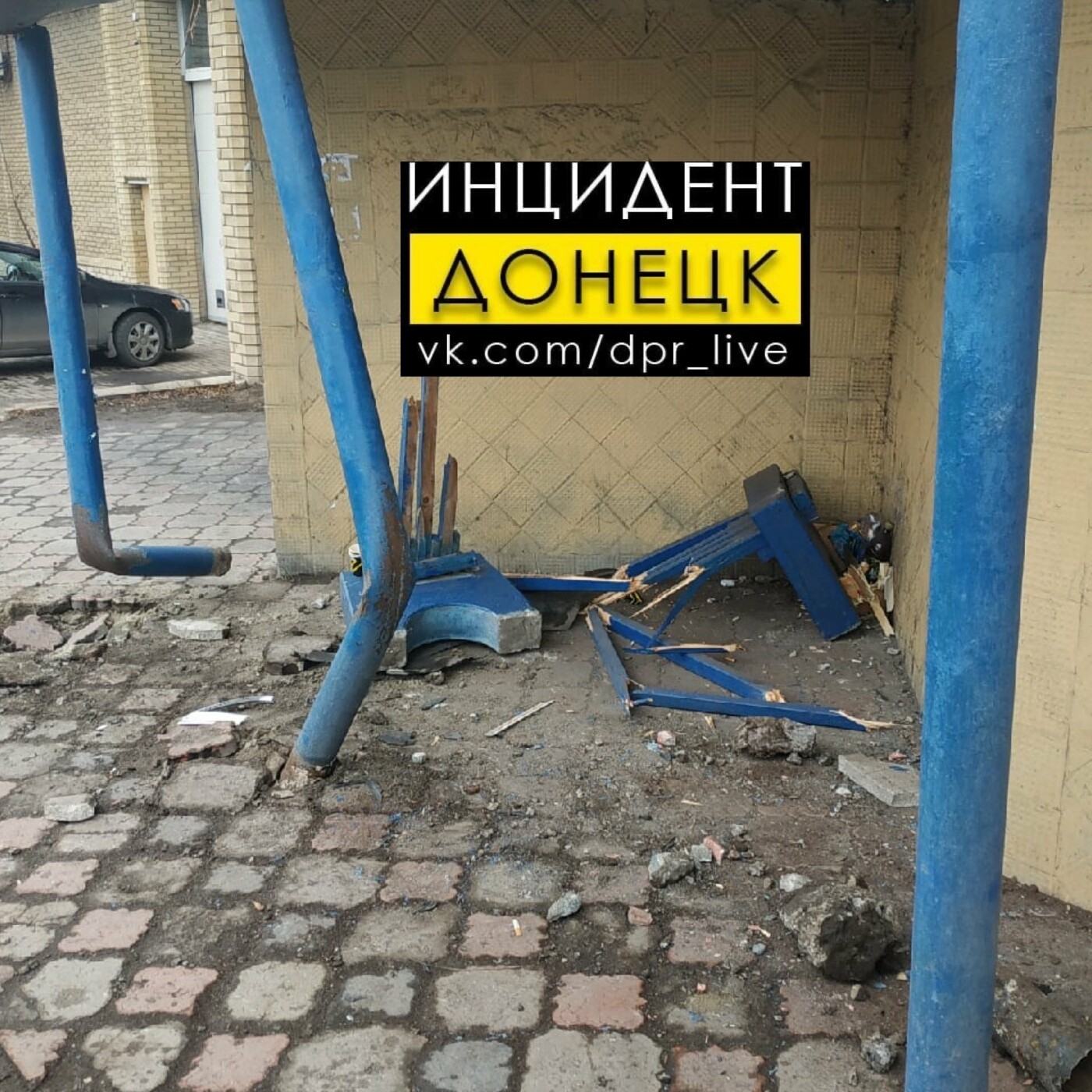 В оккупированной Макеевке джип влетел в остановку: пострадала женщина, - ФОТО, фото-1