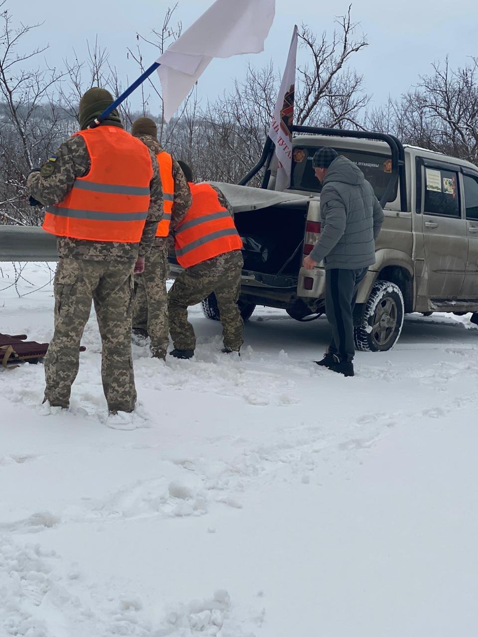 Бирюков: Боевики жестоко избили, а потом задушили взятого в плен воина ВСУ, - ФОТО, фото-2