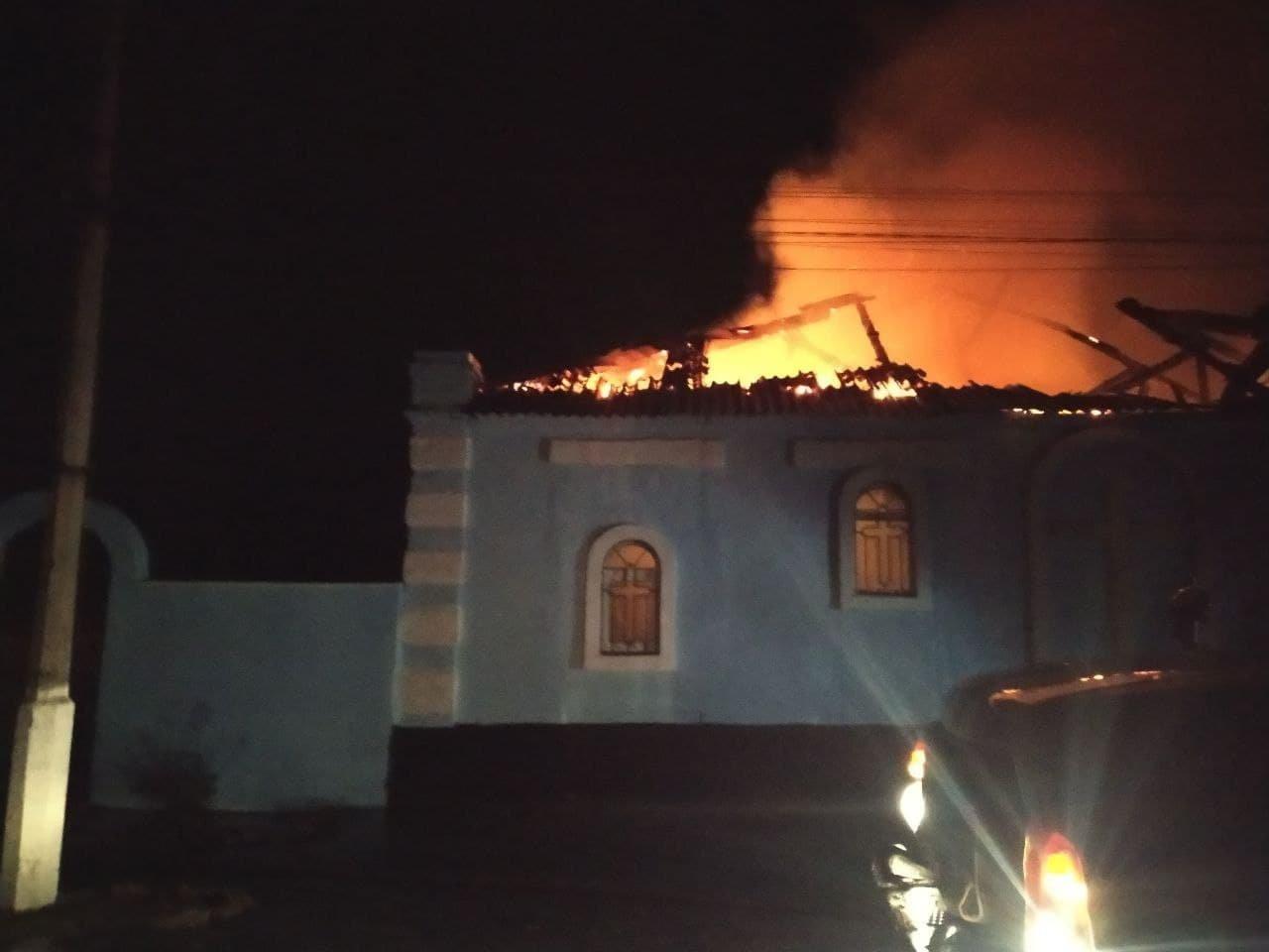 В оккупированной Горловке сгорел православный храм, - ФОТО, фото-2