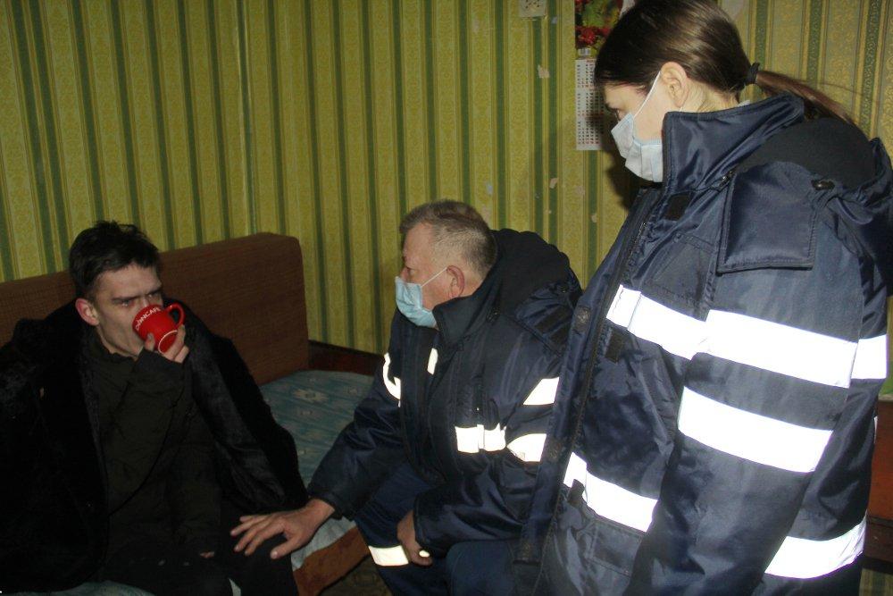 В Донецке горело общежитие электрометаллургического техникума: эвакуировали пять человек? - ФОТО, фото-3