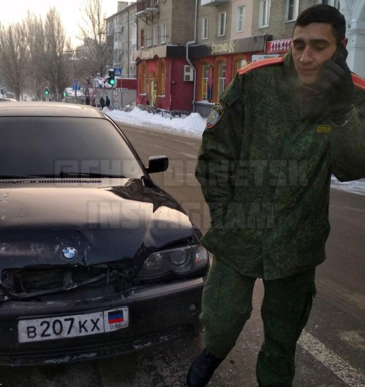 В Донецке боевик «ДНР» на «БМВ» устроил ДТП, - ФОТО, фото-2