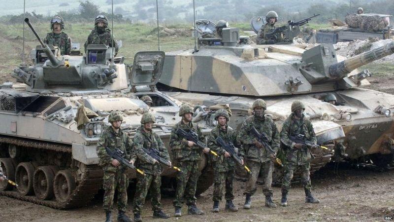 Битва стальной кавалерии: украинские и российские танки на Донбассе, - ФОТО, фото-1