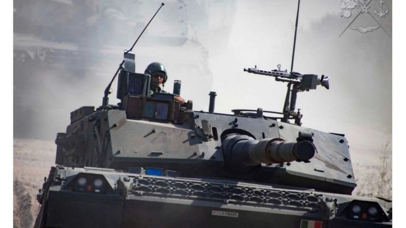 Битва стальной кавалерии: украинские и российские танки на Донбассе, - ФОТО, фото-2