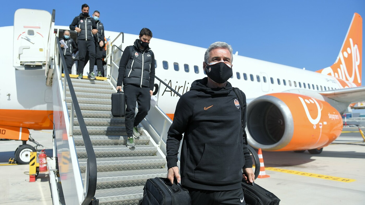 «Шахтер» прибыл в Италию на матч с «Ромой»: Каштру взял в Рим 23 футболиста, - ФОТО , фото-1