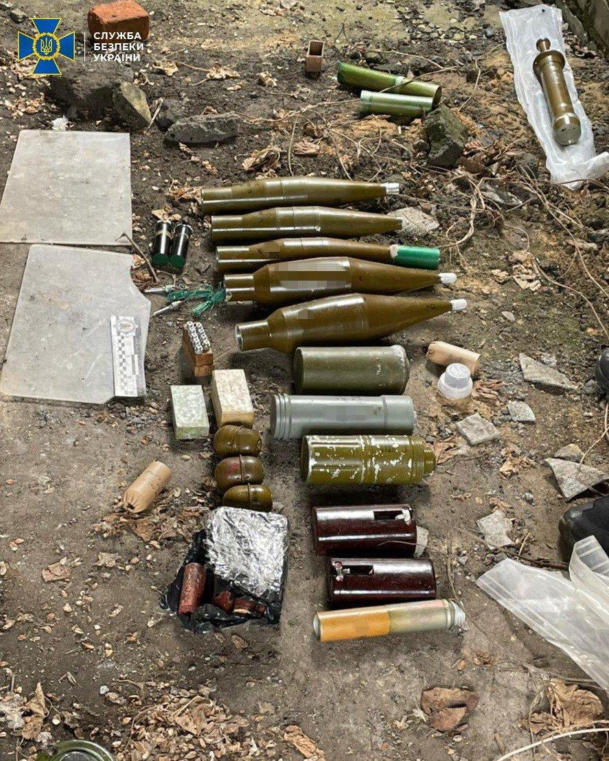 В Донецкой области нашли тайник боевиков с минами и тротилом, - ФОТО, фото-6
