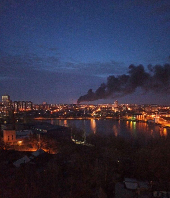 В Донецке горит мясокомбинат: слышны взрывы, - ФОТО, ВИДЕО, фото-2