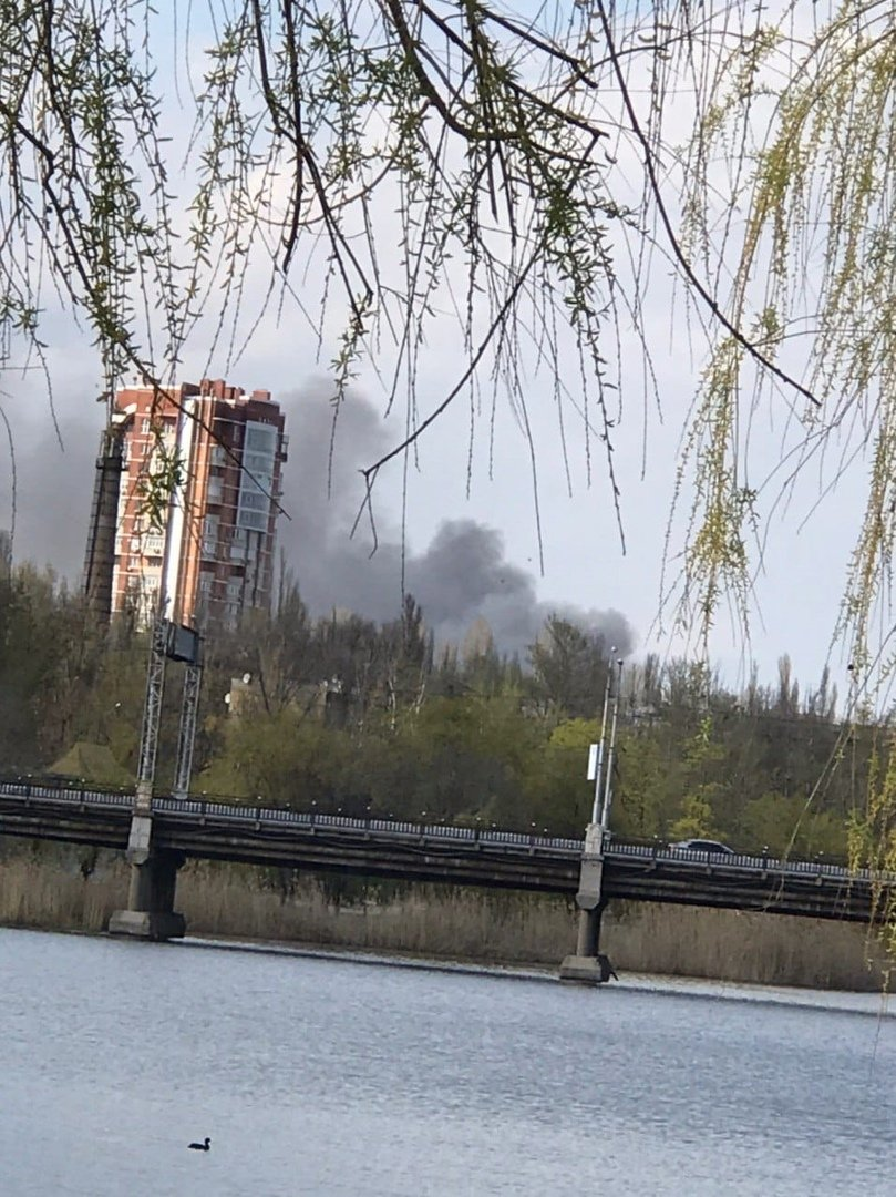 Большой пожар в Донецке: клубы дыма было видно из центра города, - ФОТО, фото-6