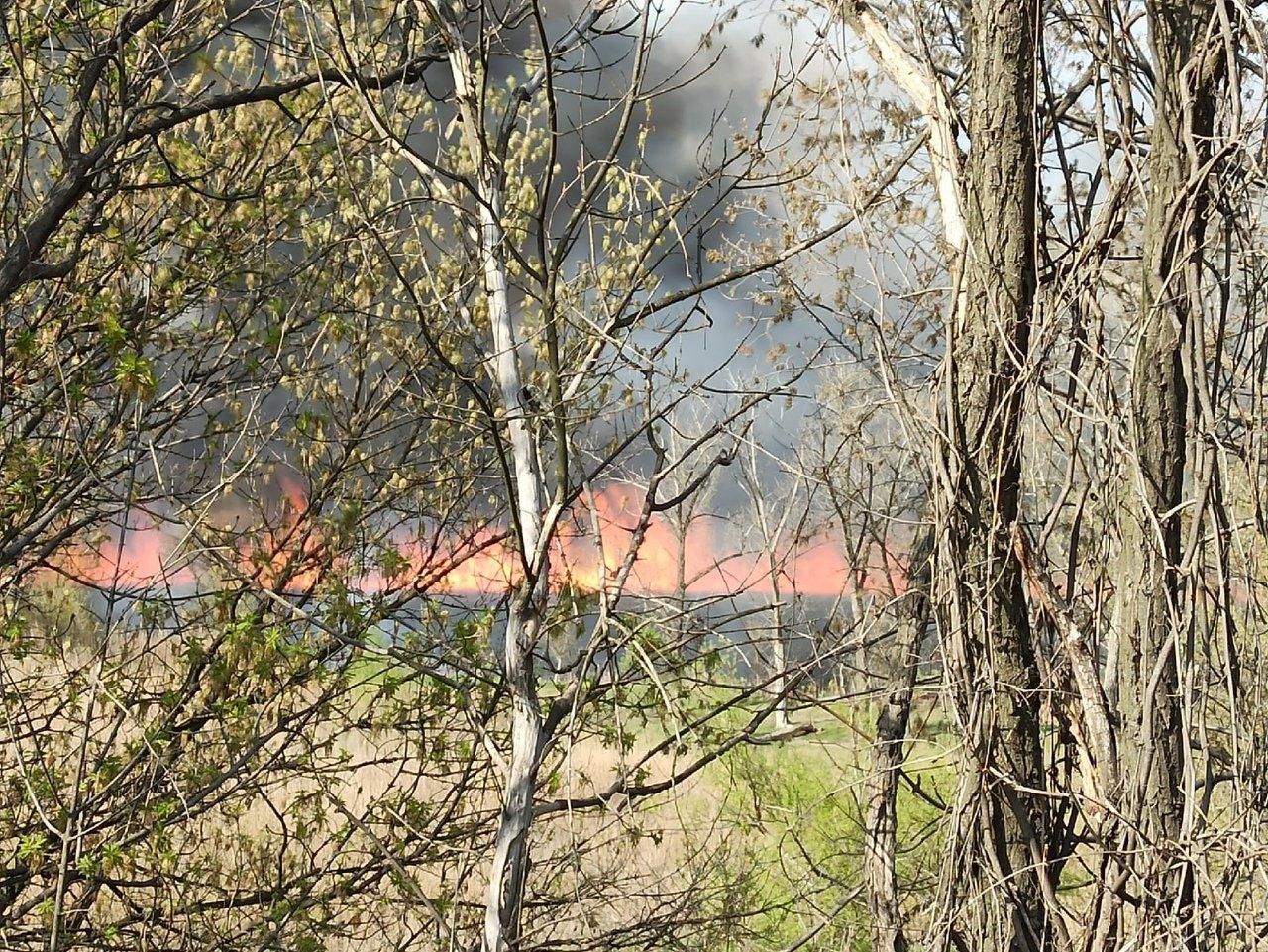 Большой пожар в Донецке: клубы дыма было видно из центра города, - ФОТО, фото-8