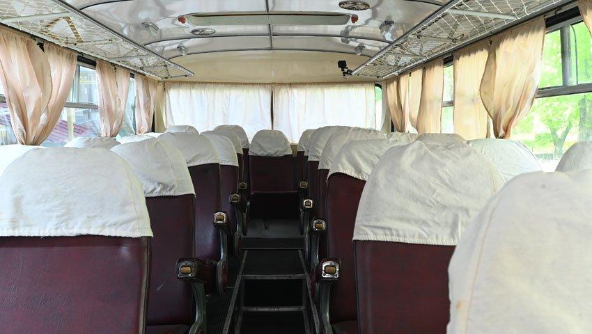 Салон ретроавтобуса