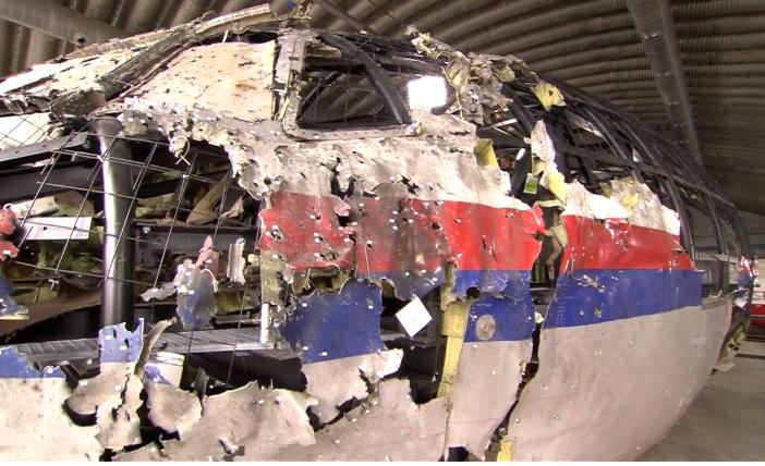 В Нидерландах началось выездное судебное заседание на месте реконструкции самолета, - ФОТО, фото-5