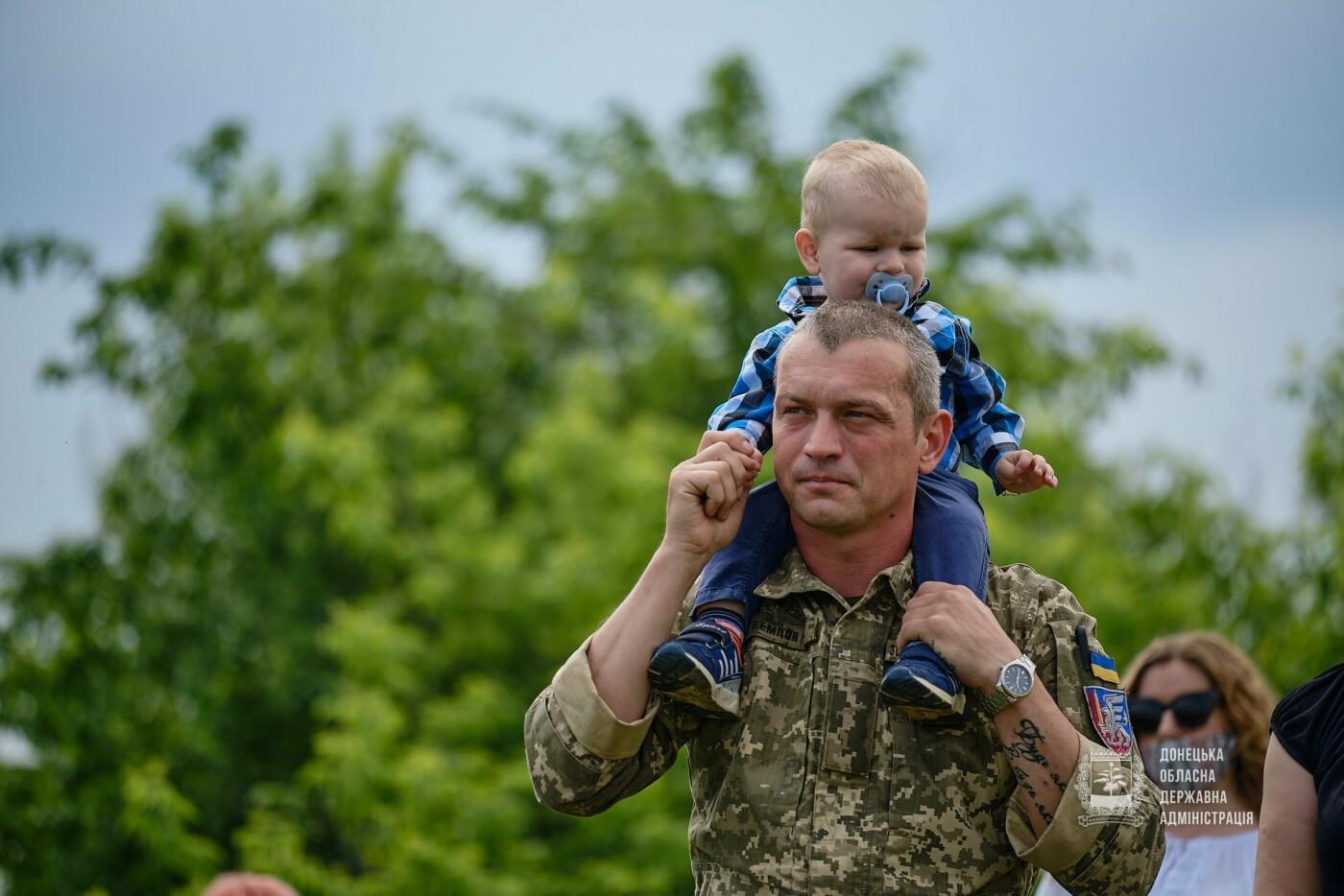 В Донецкой области почтили память 12 погибших украинских воинов во главе с генералом Кульчицким, - ФОТО, фото-4