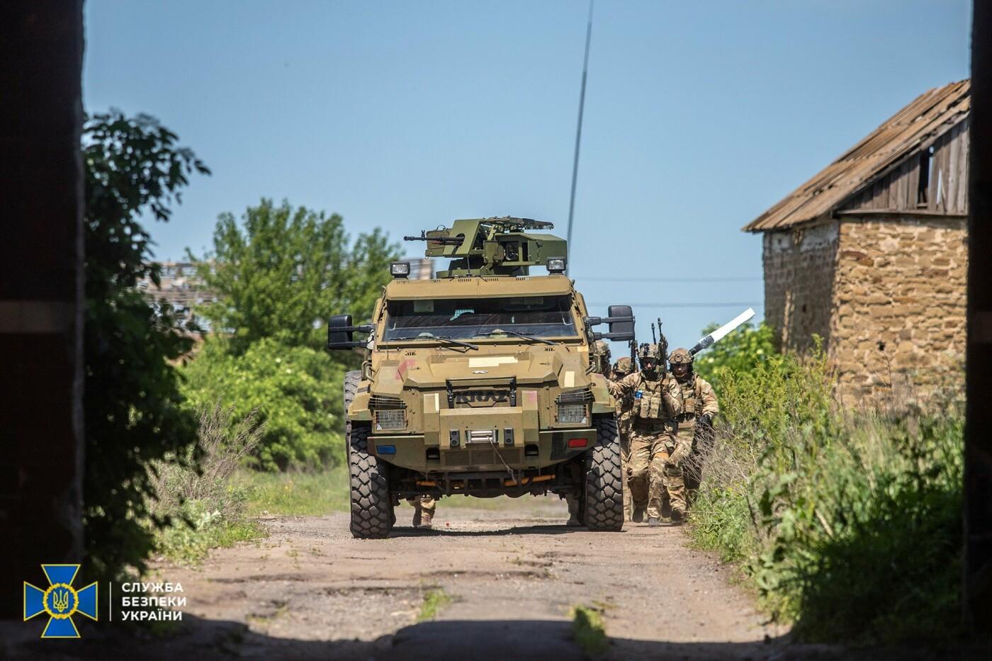 Украинские спецслужбы провели учения вблизи линии разграничения на Донбассе, - ФОТО, фото-11