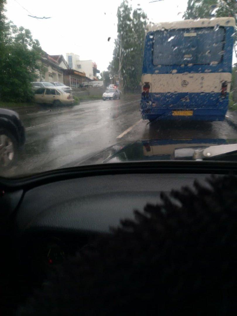 Непогода в оккупированном Донецке: произошли многочисленные ДТП, - ФОТО, фото-4