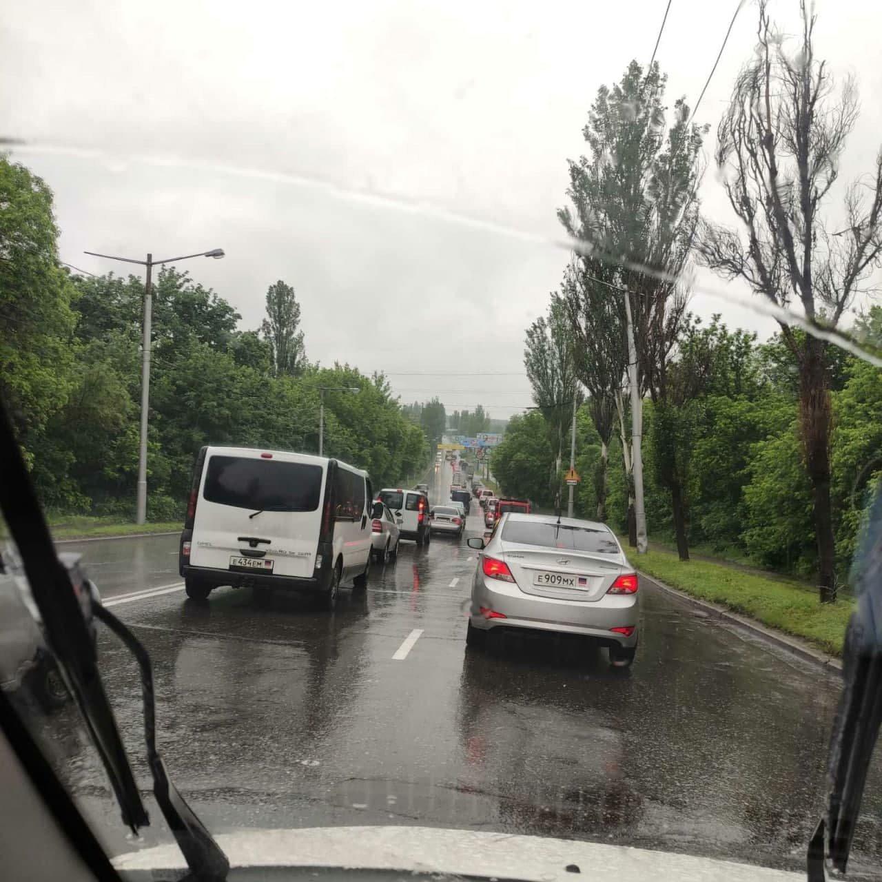 Непогода в оккупированном Донецке: произошли многочисленные ДТП, - ФОТО, фото-5
