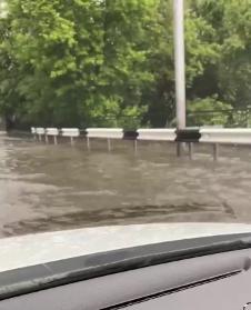 В оккупированном Донецке дождевая вода смывает асфальт, - ФОТО, фото-2
