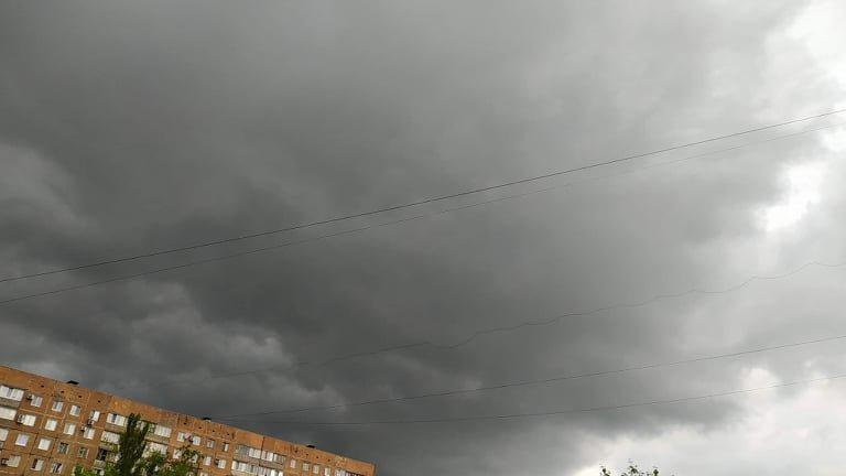 10 дней грозы и дождей: В ОРДО объявили очередное штормовое предупреждение - ФОТО, фото-1
