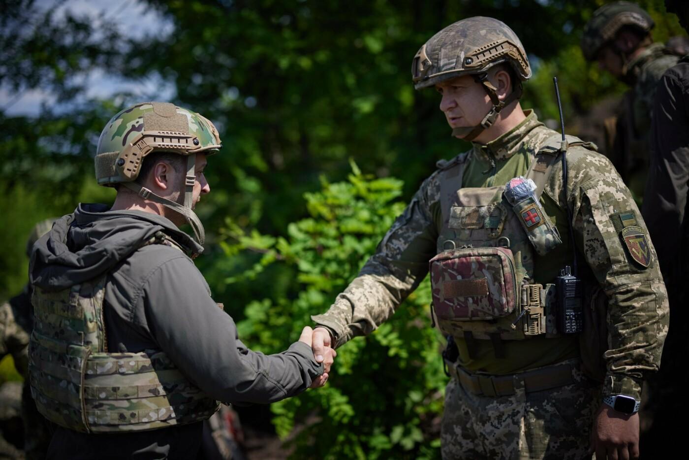 Зеленский посетил передовую на Донбассе, - ФОТО, фото-7